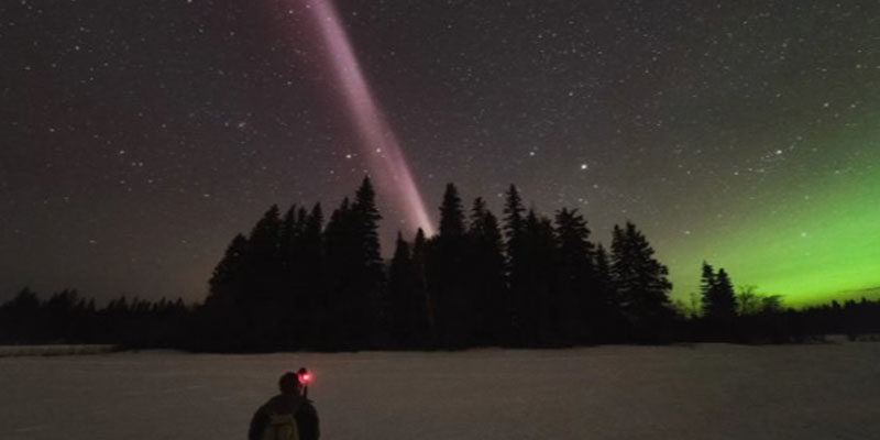 Eerie Sky Glow Called 'Steve' Isn't an Aurora, Is 'Completely Unknown' to Science