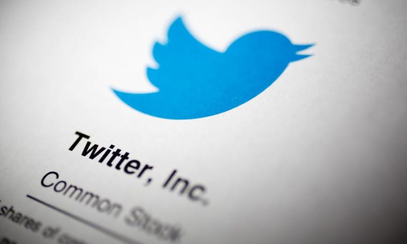 Twitter stock falls after MoffettNathanson lowers target to $21