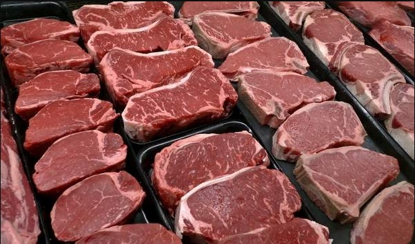 U.S. beef markets strong but could tip, analysts say