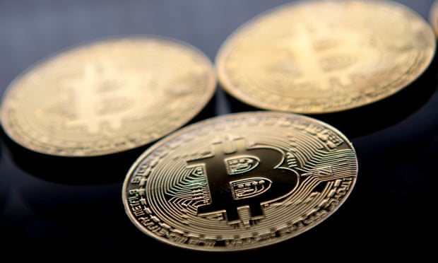 Bitcoin price well up over $7,000 again with Saturday gain
