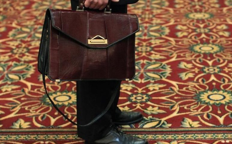 U.S. job growth surges; annual wage gain largest since 2009