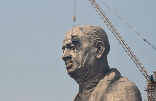 Indian farmers fume at $430m cost of Gujurat statue