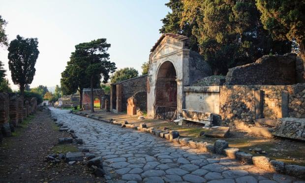 Archeological find changes date of Pompeii's destruction