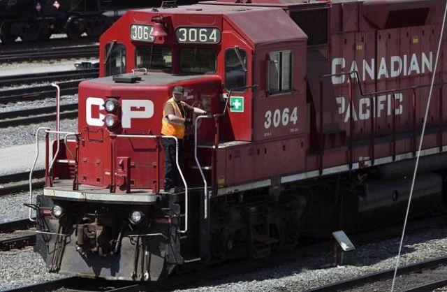 CP Rail record third quarter
