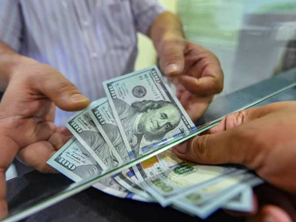 Foreigners pull Rs 7,094-cr from equities in four sessions