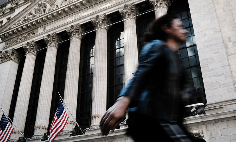 Stock futures point higher as China equities recover; earnings in focus