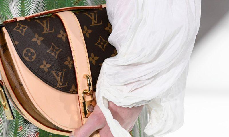European stocks move lower; luxury stocks feel pressure