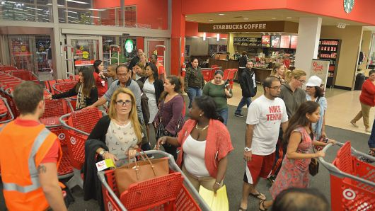 Black Friday, Thanksgiving Day foot traffic dips 1 percent from 2017: ShopperTrak