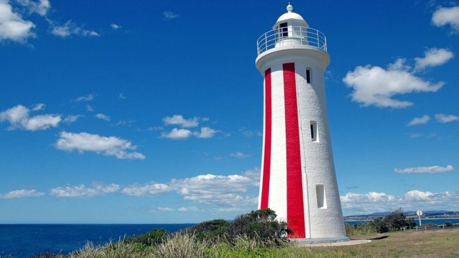 'Asleep' pilot missed destination in Australia, officials say