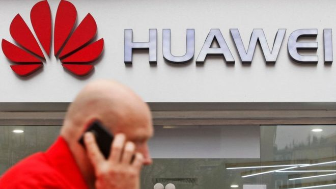 Huawei: NZ bars Chinese firm on national security fears