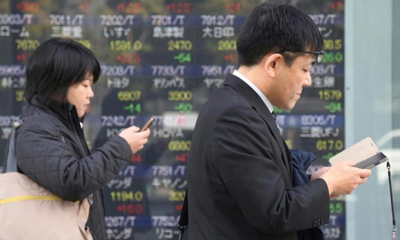 World Stock Markets Rise on Hopes for Trade, Brexit