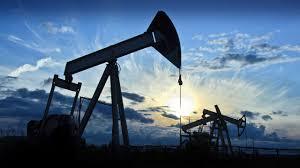 Saudi Arabia, Russia Discussing Possible Oil-Production Cuts