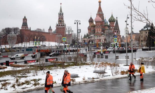 Russia detains American in Moscow on suspicion of spying