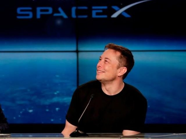 Musk to unveil tunnel