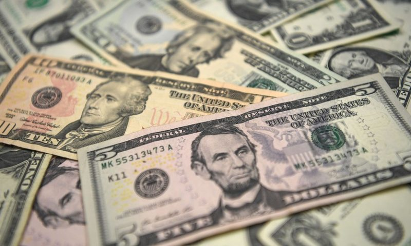Why currency experts expect the dollar to struggle in 2019