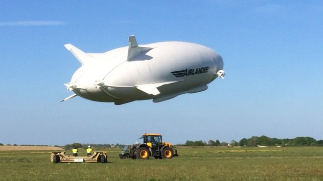 Airlander 10: World's longest aircraft gets full-production go-ahead