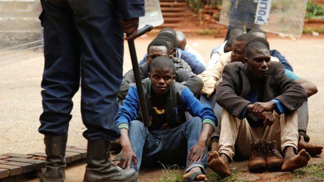 Zimbabwe blocks Facebook, WhatsApp and Twitter amid crackdown