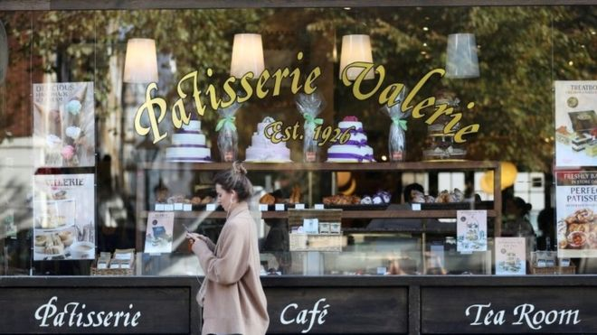 Patisserie Valerie collapses into administration as rescue talks fail