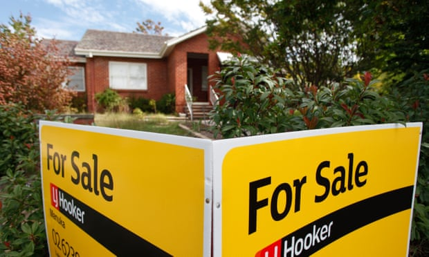Australian house prices falling at fastest rate in a decade