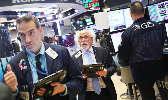 Dow futures move higher as US-China trade talks resume