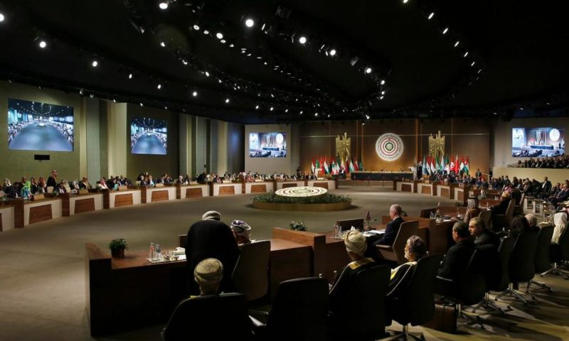 Lebanon Uses Arab Summit to Call for Syrian Refugees' Return