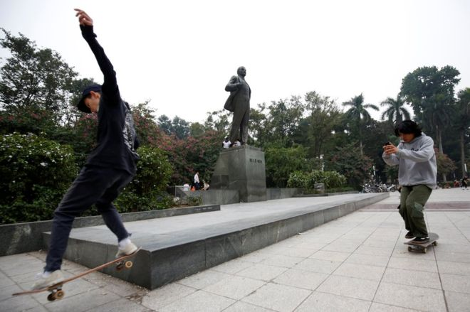 North Korea nuclear talks: Hanoi to host Trump summit with Kim