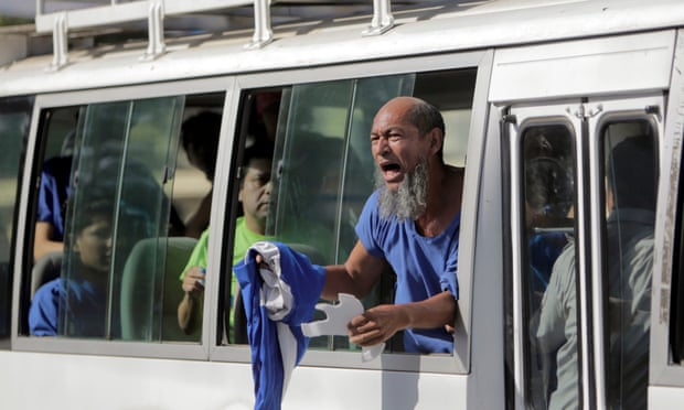 Nicaragua releases prisoners before crisis talks with opposition