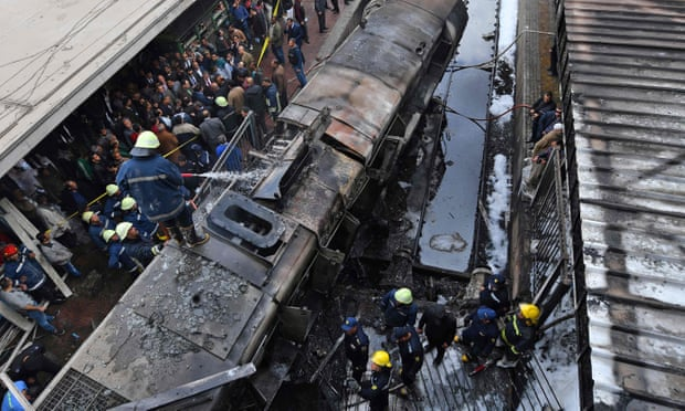 Cairo station fire: at least 25 dead and dozens injured