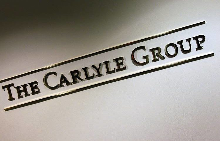 EQUITIES ANALYSTS REDUCE REVENUE ESTIMATES FOR THE CARLYLE GROUP LP (CG)