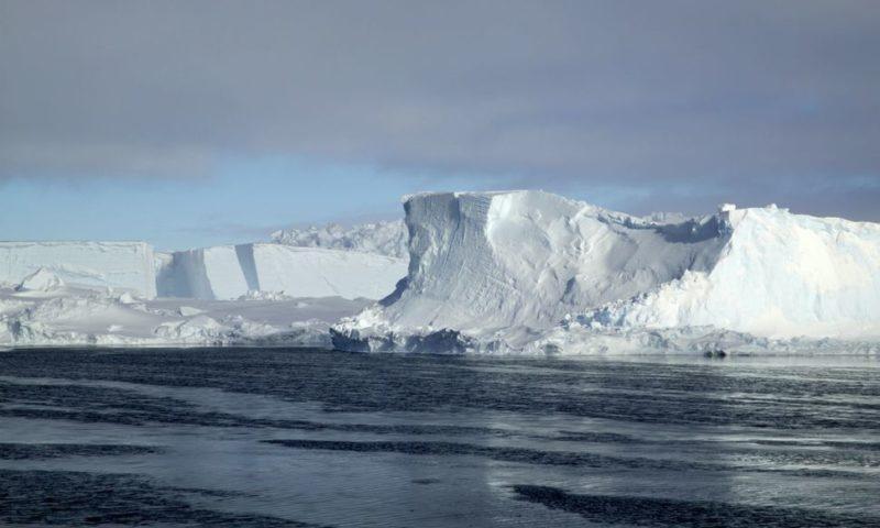 Iceberg Twice the Size of NYC to Break from Antarctic Ice Shelf