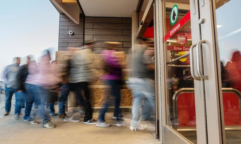 Holiday Season Defines Winners and Losers in Retail
