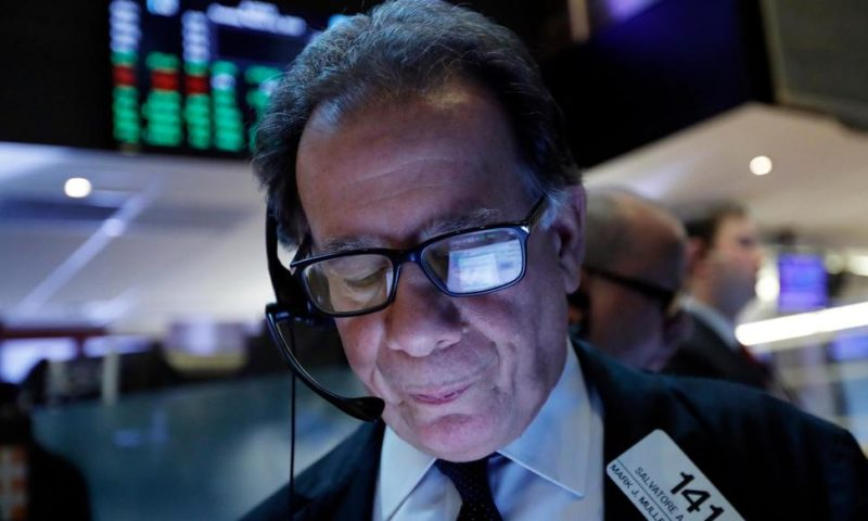 S&P 500 Ends 2-Day Losing Streak as Tech Leads Stocks Higher