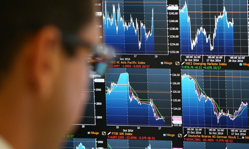 S&P 500, Nasdaq close at records as robust GDP data offset tepid earnings