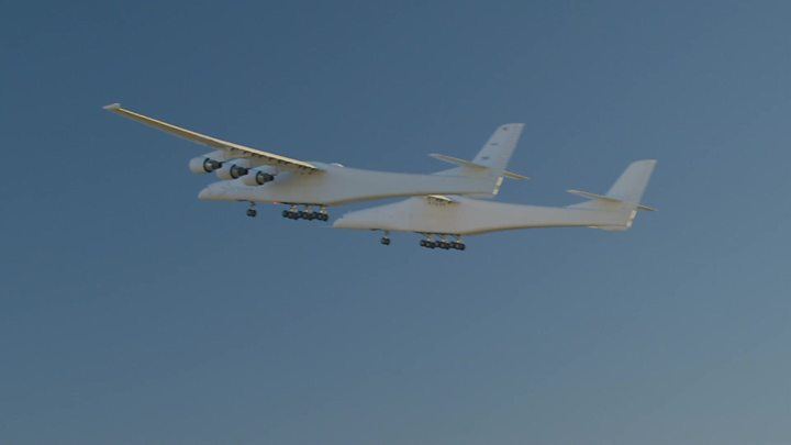 Stratolaunch: 'World's largest plane' lifts off for the first time