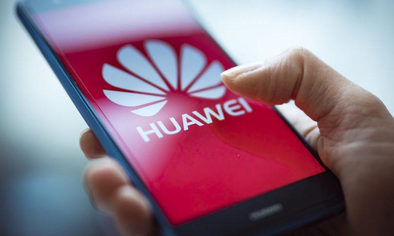 Maduro Invites Huawei to Set up 4G Network in Venezuela
