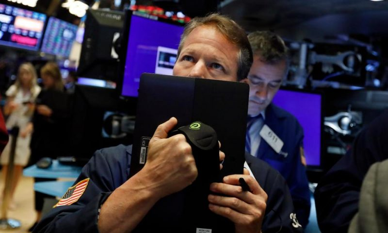 Markets Right Now: Stocks Tumble on Trade Fears; Oil Down 5%