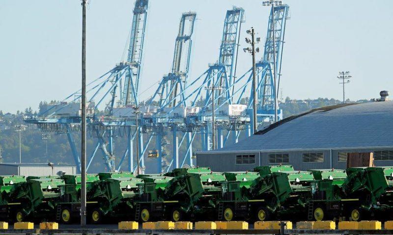 Trade War, Heavy Rains Weigh on Deere & Co.