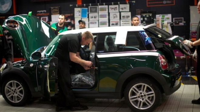 Brexit shutdown slashes UK car production by 45%
