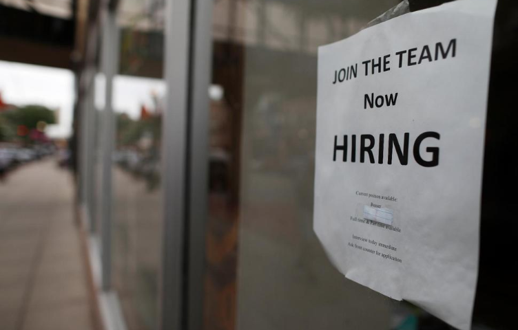 Businesses, Watching Economy, Play It Safe With Hiring
