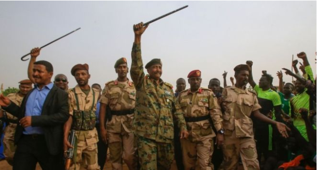 Sudan security forces 'carry out raid' ahead of mass protest