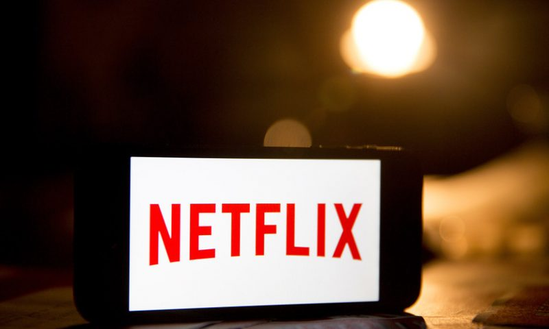 Surging Netflix stock snaps losing streak after analyst foresees U.S. subscriber number topping estimate