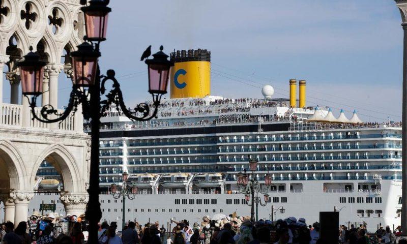 Venice, Budapest Crashes Renew Debate on Cruise Ship Safety