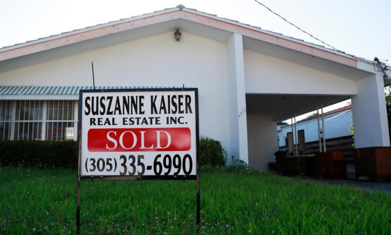 US Long-Term Mortgage Rates Little Changed; 30-Year at 3.82%