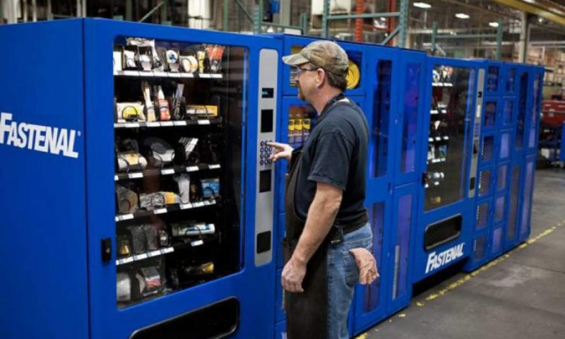 Equities Analysts Reduce Earnings Estimates for Fastenal (FAST)