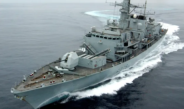 UK ships in Gulf on high alert after Royal Navy trains guns on Iranian vessels