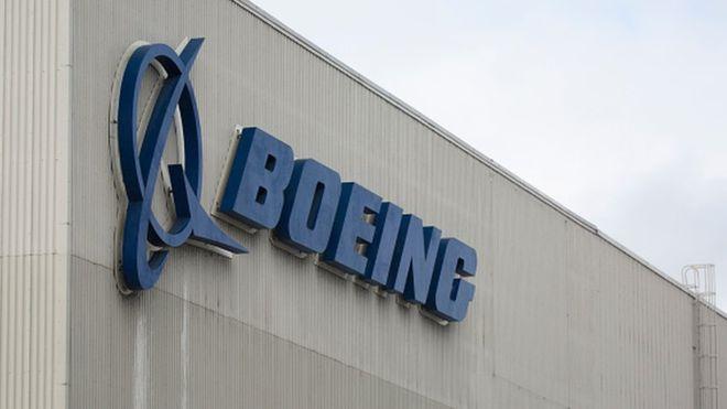 Boeing 737 NG: US regulator orders inspections into cracks