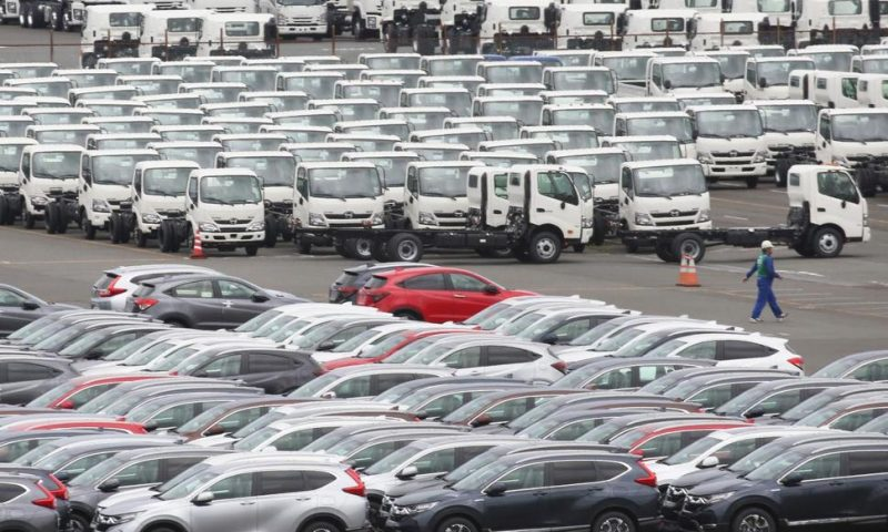 Japan Exports Sink on Weaker Trade With China, US
