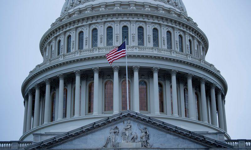 U.S. ran deficit just under $1 trillion in 2019, CBO estimates