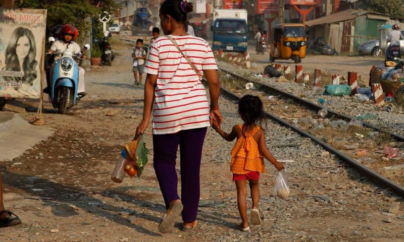 World Bank: Trade Tensions Could Block Path Out of Poverty