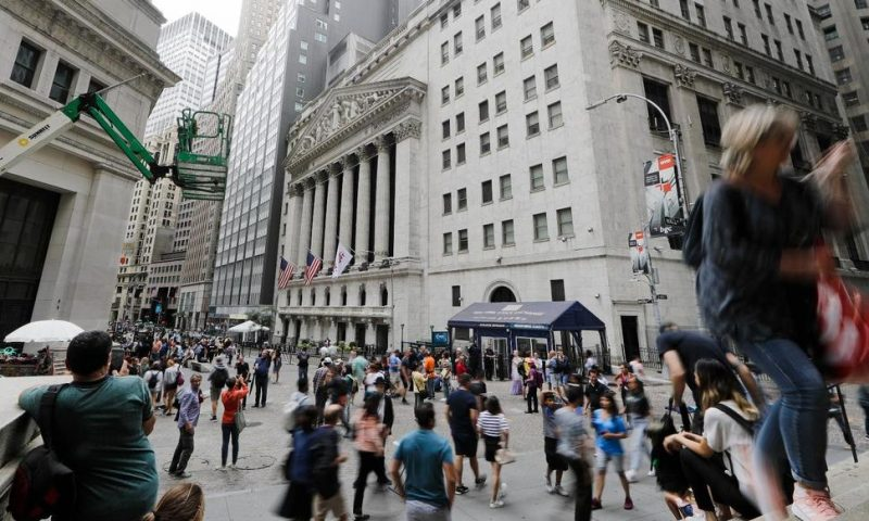 US Stocks Rebound From Sell-Off as Fed Rate Cut Odds Improve